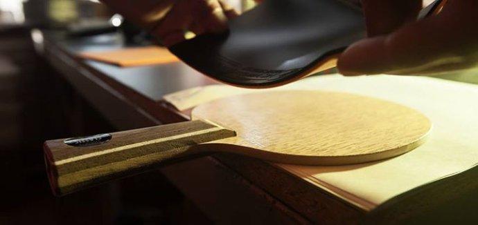 assembling a table tennis bat